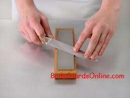 Рекомендації як правильно самому заточити ніж.