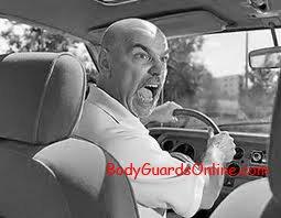 Тактичні дії тілоохоронця в екстремальній ситуації під час руху в автомобілі.