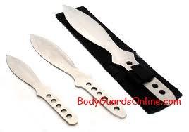 Метальні ножі (вони ж -  літаючі ножі).