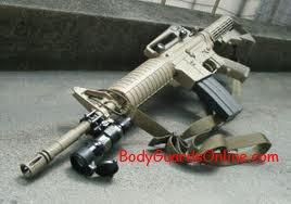 Екстремальні випробування автомата, створеного німецькою фірмою Heckler & Koch HK416, проти Colt М4 -  автомат, що створений в США на основі М16А2.