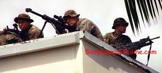 """Робота снайпера: """"З такою зброєю можна і проти танка""""."""