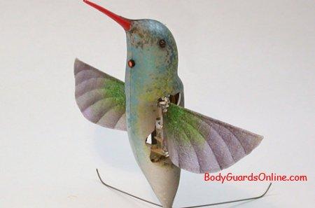 Літаючий мініатюрний робот-шпигун.
