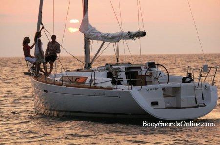 Море: яхти, катери, човни - не забудь про безпеку.