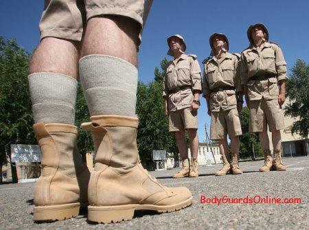 У місцях з жарким кліматом, російські військові одягнуть шорти і панами