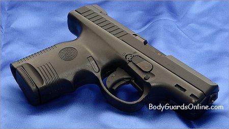 Steyr M-A1 - один із зручних пістолетів на ринку травматичної зброї